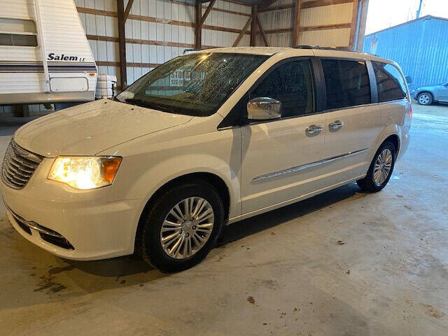 2015 Chrysler Town and Country for sale at Dave's Auto & Truck in Campbellsport WI