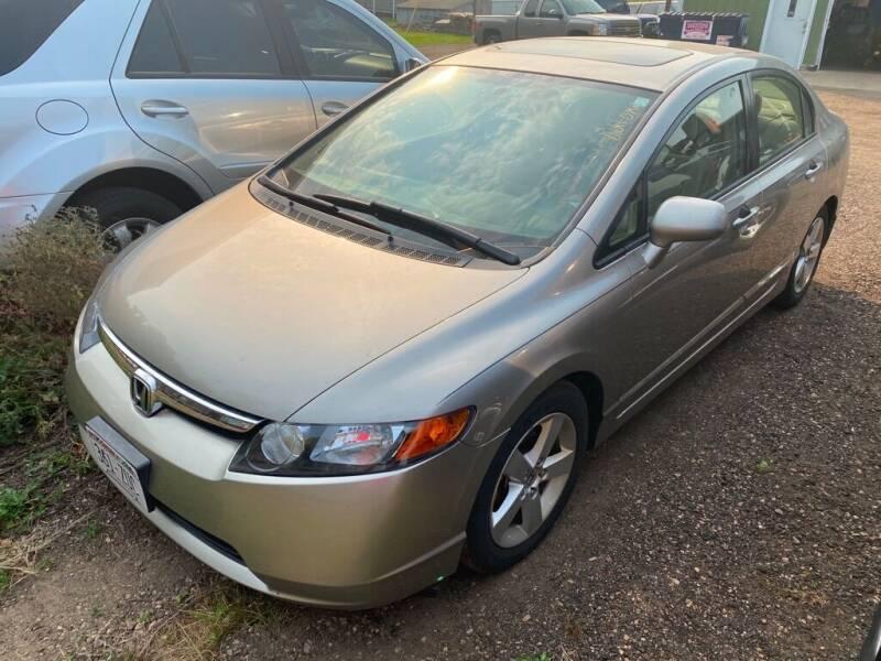 2006 Honda Civic for sale at Apple Auto in La Crescent MN