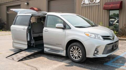2020 Toyota Sienna for sale at A&J Mobility in Valders WI