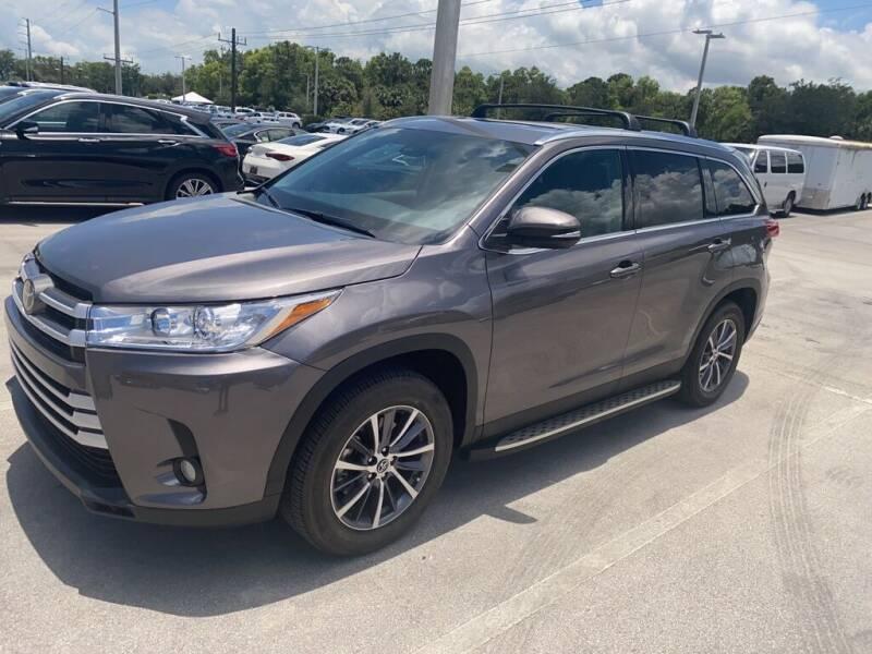 2019 Toyota Highlander for sale in Stuart, FL