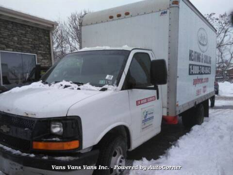 2007 Chevrolet Express Cutaway for sale at Vans Vans Vans INC in Blauvelt NY