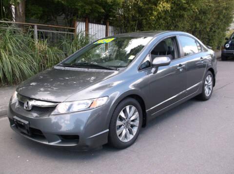 2009 Honda Civic for sale at Eastside Motor Company in Kirkland WA