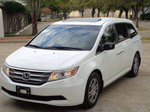 2011 Honda Odyssey for sale at Auto Starlight in Dallas TX