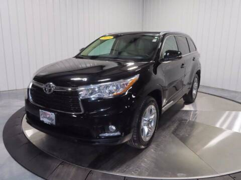 2015 Toyota Highlander for sale at HILAND TOYOTA in Moline IL