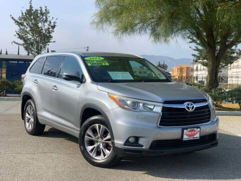 2015 Toyota Highlander for sale at Esquivel Auto Depot in Rialto CA