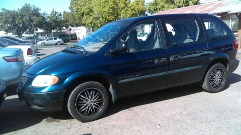 2001 Chrysler Voyager for sale at Larry's Auto Sales Inc. in Fresno CA