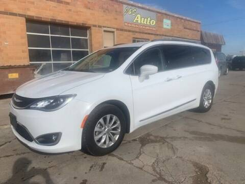 2019 Chrysler Pacifica for sale at J & S Auto in Downs KS