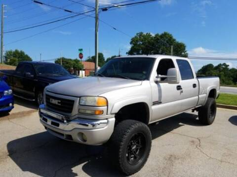 2005 GMC Sierra 2500HD for sale at Cross Automotive in Carrollton GA