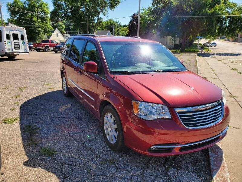 2013 Chrysler Town and Country for sale at Vossen Auto LLC in Blue Earth MN