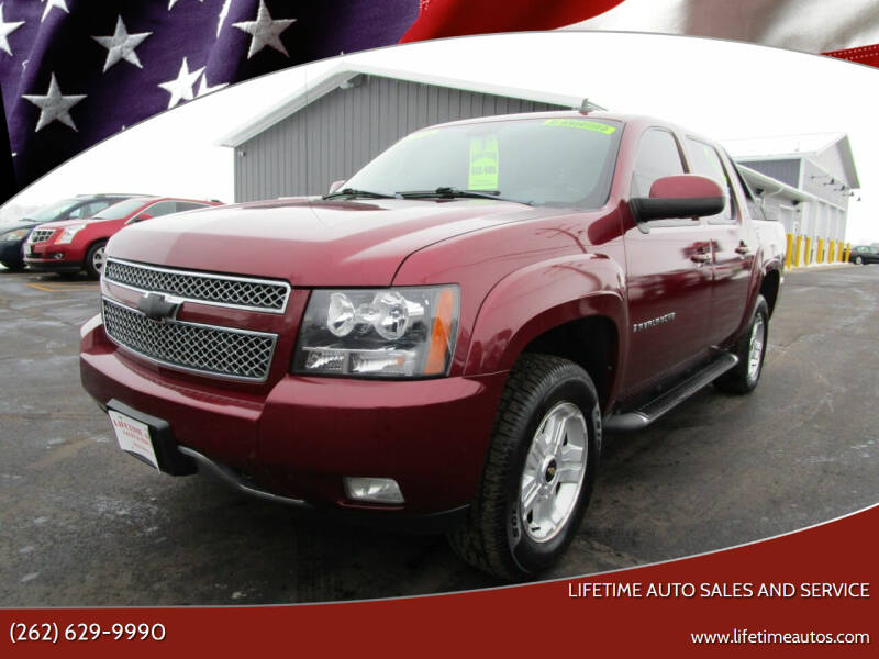 2009 Chevrolet Avalanche for sale at Lifetime Auto Sales and Service in West Bend WI