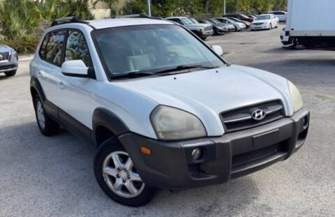 2005 Hyundai Tucson for sale at Cobalt Cars in Atlanta GA
