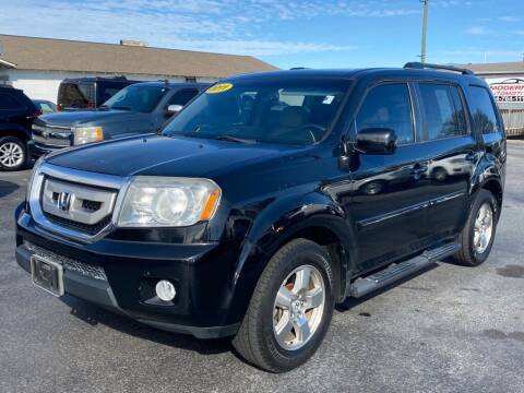 2011 Honda Pilot for sale at Modern Automotive in Boiling Springs SC