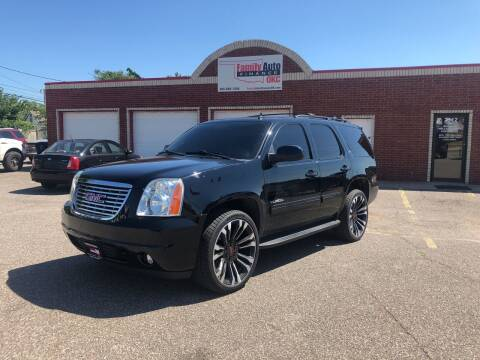 2014 GMC Yukon for sale at Family Auto Finance OKC LLC in Oklahoma City OK