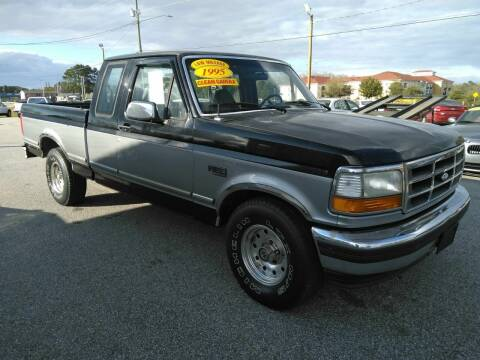 1995 Ford F-150 for sale at Kelly & Kelly Supermarket of Cars in Fayetteville NC