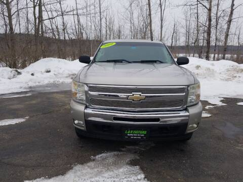2009 Chevrolet Silverado 1500 for sale at L & R Motors in Greene ME