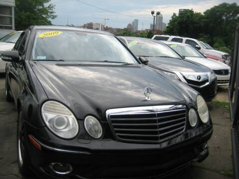 2009 Mercedes-Benz E-Class for sale at B. Fields Motors, INC in Pittsburgh PA