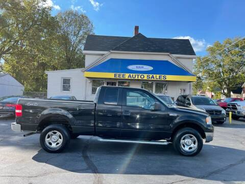 2005 Ford F-150 for sale at EEE AUTO SERVICES AND SALES LLC in Cincinnati OH