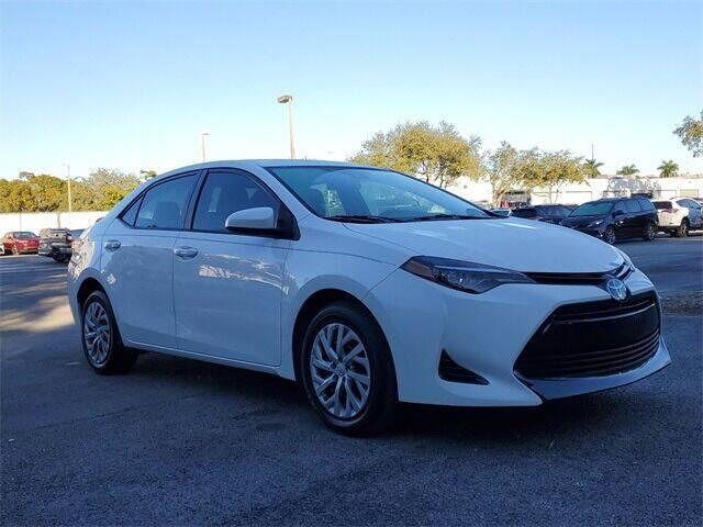 2018 Toyota Corolla for sale at Selecauto LLC in Miami FL