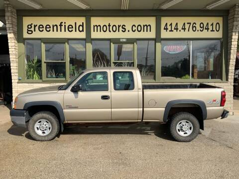 2004 Chevrolet Silverado 2500HD for sale at GREENFIELD MOTORS in Milwaukee WI