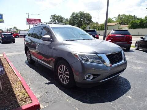 2015 Nissan Pathfinder for sale at DONNY MILLS AUTO SALES in Largo FL