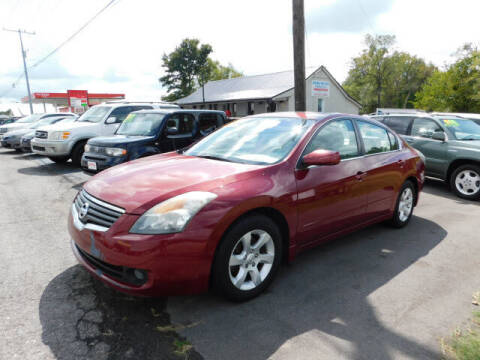 2008 Nissan Altima for sale at WOOD MOTOR COMPANY in Madison TN