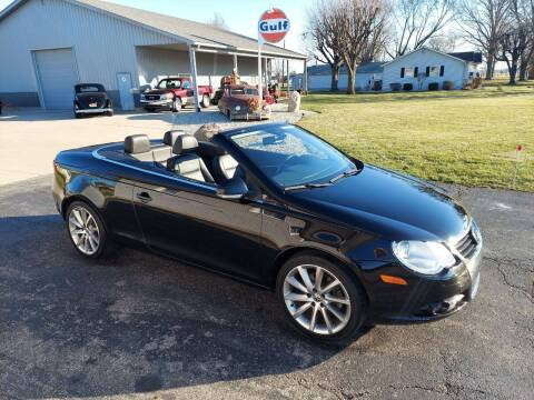 2007 Volkswagen Eos for sale at CALDERONE CAR & TRUCK in Whiteland IN