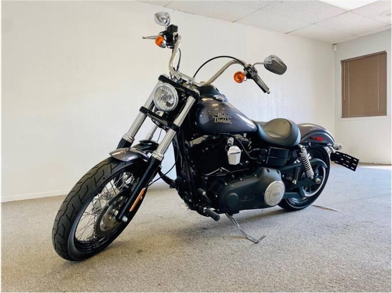 2016 HARLEY DAVIDSON FXDB103 / Dyna Street Bob for sale at KARS R US in Modesto CA