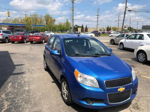 2009 Chevrolet Aveo for sale at Drive Max Auto Sales in Warren MI