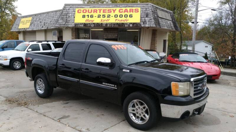 2008 GMC Sierra 1500 for sale at Courtesy Cars in Independence MO