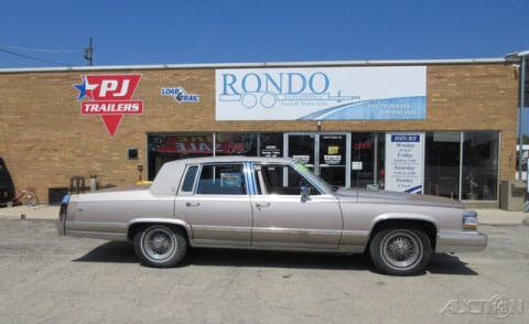 1991 Cadillac Brougham for sale at Rondo Truck & Trailer in Sycamore IL