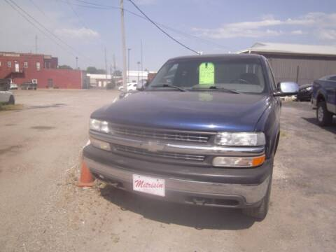 2000 Chevrolet Silverado 1500 for sale at MITRISIN MOTORS INC in Oskaloosa IA