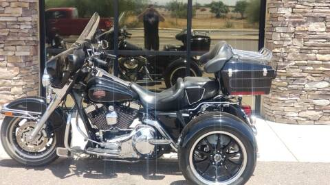 2004 Harley DAVIDSON Electra Glide Classic FLHTCI for sale at 1 Stop Harleys in Peoria AZ