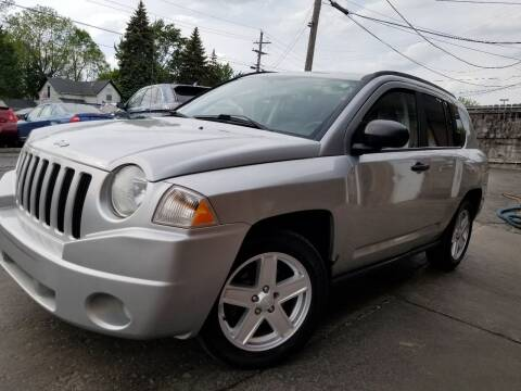 2007 Jeep Compass for sale at DALE'S AUTO INC in Mount Clemens MI