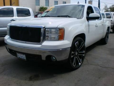 2008 GMC Sierra 1500 for sale at Williams Auto Mart Inc in Pacoima CA