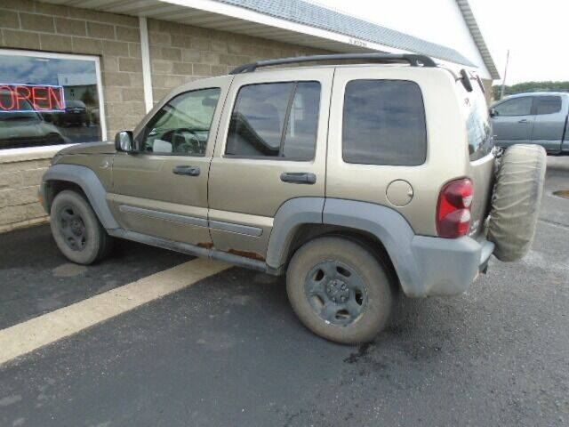 2005 Jeep Liberty for sale at SWENSON MOTORS in Gaylord MN