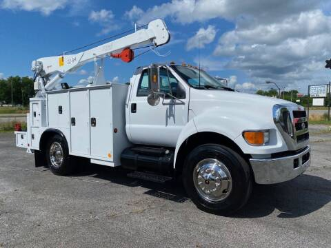2005 Ford F-750 Super Duty for sale at Heavy Metal Automotive LLC in Anniston AL