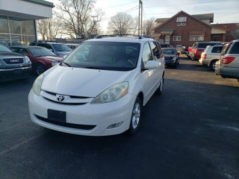 2006 Toyota Sienna for sale at JC Auto Sales in Belleville IL