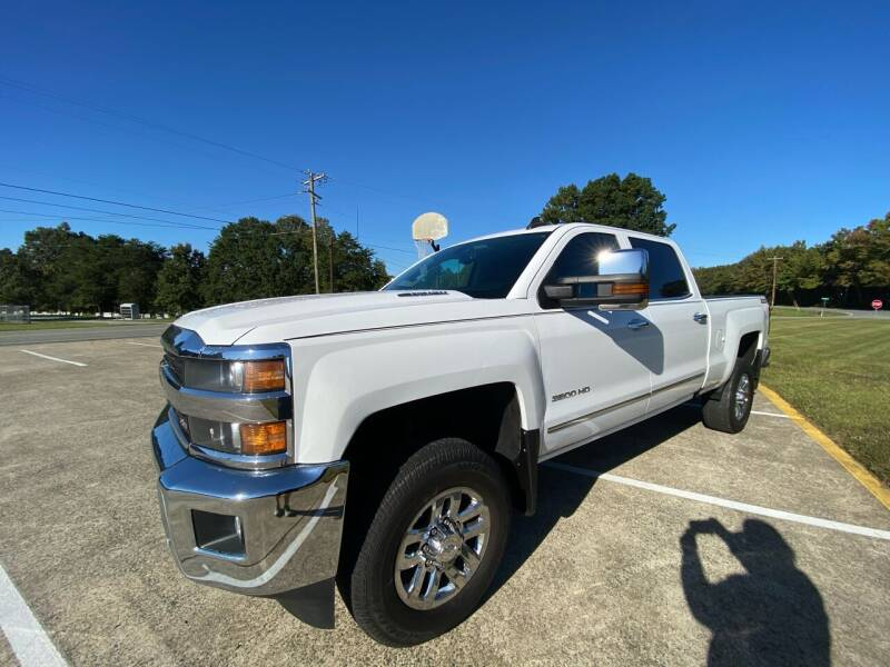 2016 Chevrolet Silverado 3500HD for sale at Priority One Auto Sales in Stokesdale NC