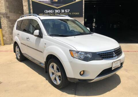 2009 Mitsubishi Outlander for sale at KAYALAR MOTORS Mechanic in Houston TX
