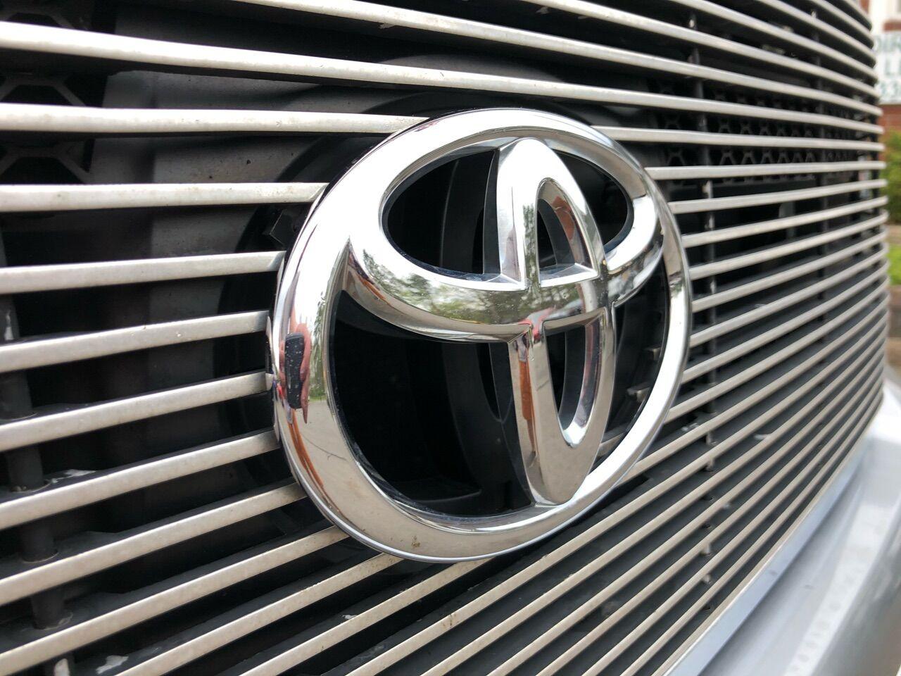 2011 Toyota Tundra Short Bed