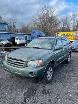 2005 Toyota Highlander for sale at Hamilton Auto Group Inc in Hamilton Township NJ