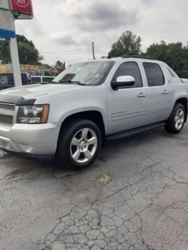 2013 Chevrolet Avalanche for sale at Bates Auto & Truck Center in Zanesville OH