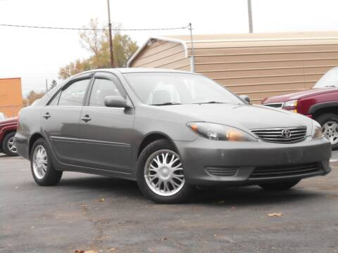 2006 Toyota Camry for sale at MT MORRIS AUTO SALES INC in Mount Morris MI