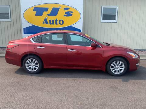 2015 Nissan Altima for sale at TJ's Auto in Wisconsin Rapids WI