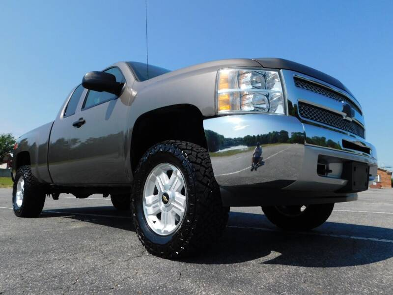 2013 Chevrolet Silverado 1500 for sale at Used Cars For Sale in Kernersville NC
