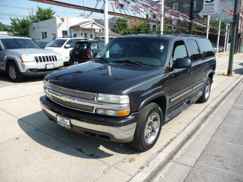 2003 Chevrolet Suburban for sale at CAR CENTER INC in Chicago IL