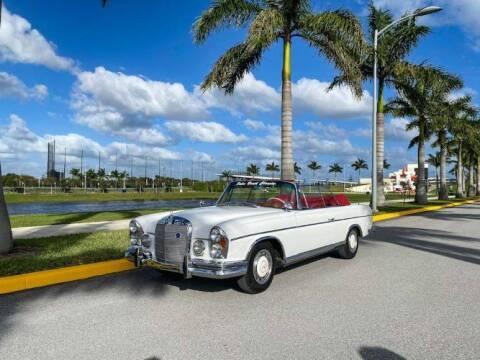1963 Mercedes-Benz 220SE for sale at Classic Car Deals in Cadillac MI