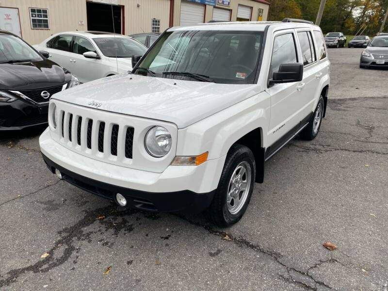 2016 Jeep Patriot for sale at THE AUTOMOTIVE CONNECTION in Atkins VA