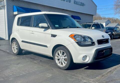 2013 Kia Soul for sale at FAMILY AUTO SALES, INC. in Johnston RI