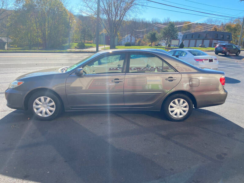 2005 Toyota Camry LE 4dr Sedan - Coventry CT